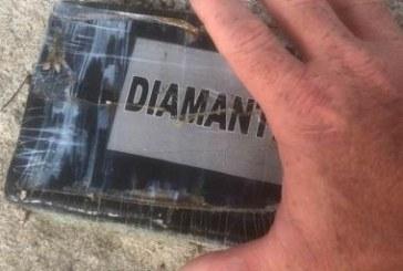 Furacão Dorian desenterra 27 tijolos de cocaína nas praias da Flórida