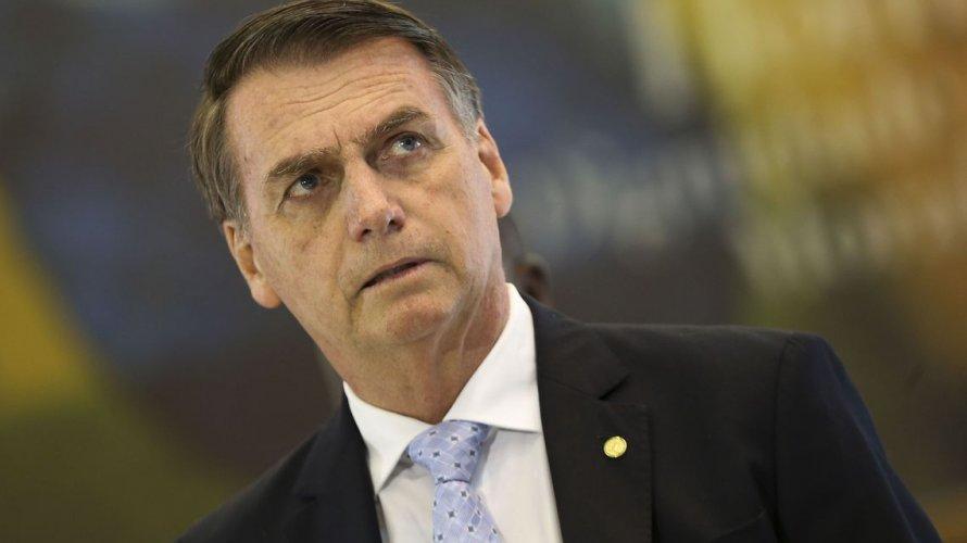 Equipe de Bolsonaro gasta quase R$ 16 mil por dia com despesas de viagens