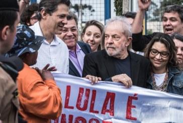 """Fora da cadeia, Lula ataca """"lado podre do Estado Brasileiro"""""""