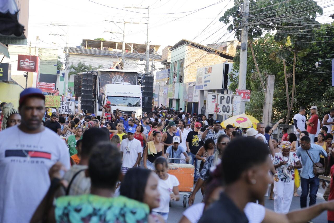 Caminhada contra o racismo marca o Dia da Consciência Negra em Lauro de Freitas