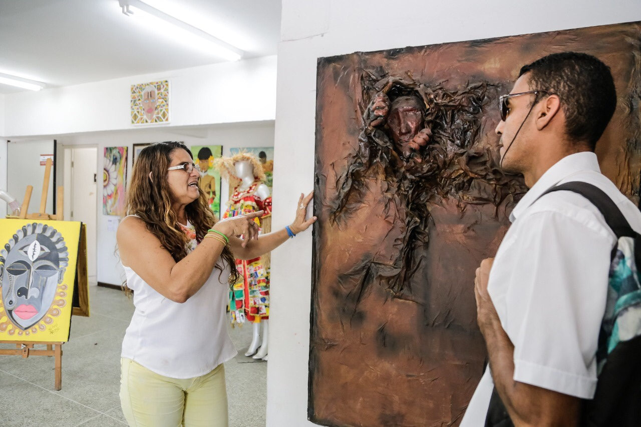 Exposição de artes abre Semana da Cultura Nacional em Lauro de Freitas