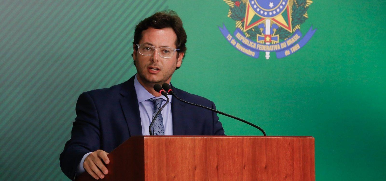 Administrador confirma que empresa de chefe da Secom de Bolsonaro tem 'dezenas de clientes'