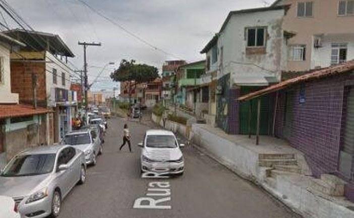 Mulher morre após ser espancada dentro da própria casa por companheiro no Centro de Lauro; ele foi preso em flagrante