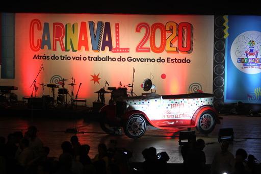 Carnaval: governo homenageia os 70 anos do trio elétrico com mais de 200 atrações