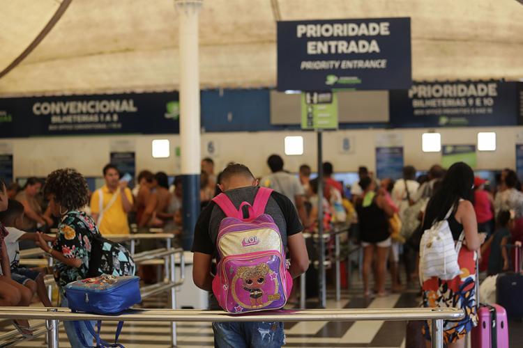 Rodoviária e ferry montam esquema especial para o Carnaval