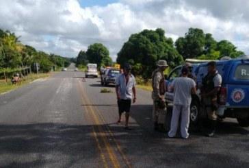 Homem é morto dentro de ambulância, em rodovia no Sul da Bahia
