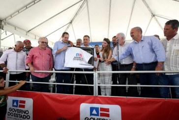 Rui entrega nova escola em assentamento no município de Prado