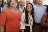 Rui Costa e Moema inaugurando a primeira obra do dia em Lauro de Freitas