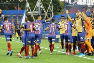 Com tranquilidade, Bahia vence o Nacional e avança à segunda fase da Sul-Americana