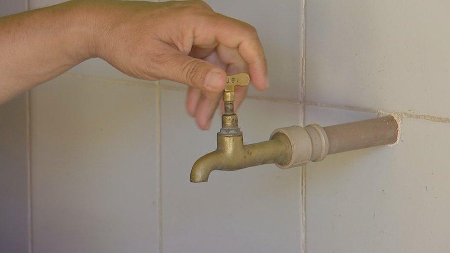 Manutenção emergencial suspende abastecimento de água em bairros do Subúrbio; veja lista