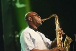 Lenda do saxofone morre aos 86 vítima da Covid-19