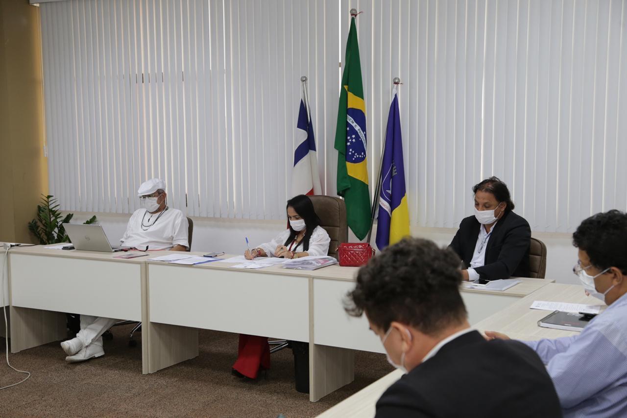Prefeitura de Lauro de Freitas anuncia medidas que amenizam impactos da suspensão de atividades na economia, mas mantém prevenção ao coronavírus