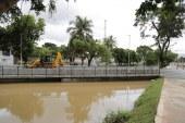Apesar das fortes chuvas, não há registro de deslizamentos de terra ou desabamentos em Lauro de Freitas; equipes seguem em alerta