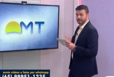 Nude aparece em Whatsapp e deixa apresentador sem graça em telejornal da Globo; veja vídeo