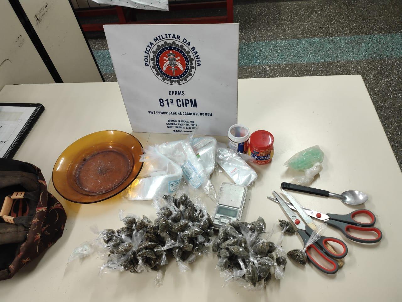 Policiais da 81ª CIPM/Itinga prendem homens por tráfico de drogas em Areia Branca