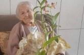 Idosa de 94 anos com diabetes, hipertensão e câncer é curada da Covid-19