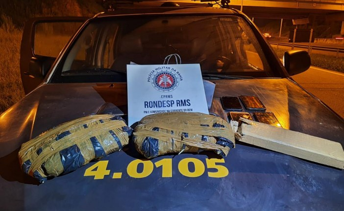 Polícia apreende 3kg de maconha com dois casais; droga era comercializada em Lauro de Freitas e Vila de Abrantes