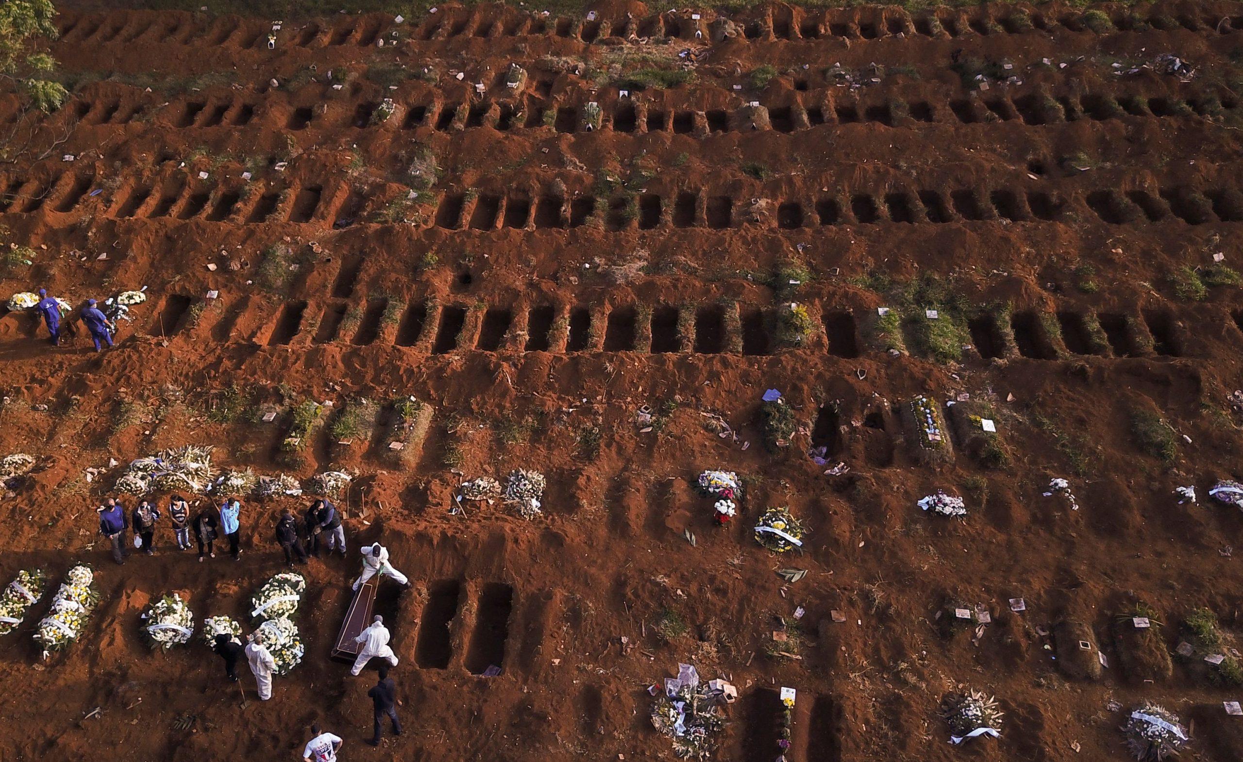 Brasil ultrapassa Espanha em mortes por Covid-19
