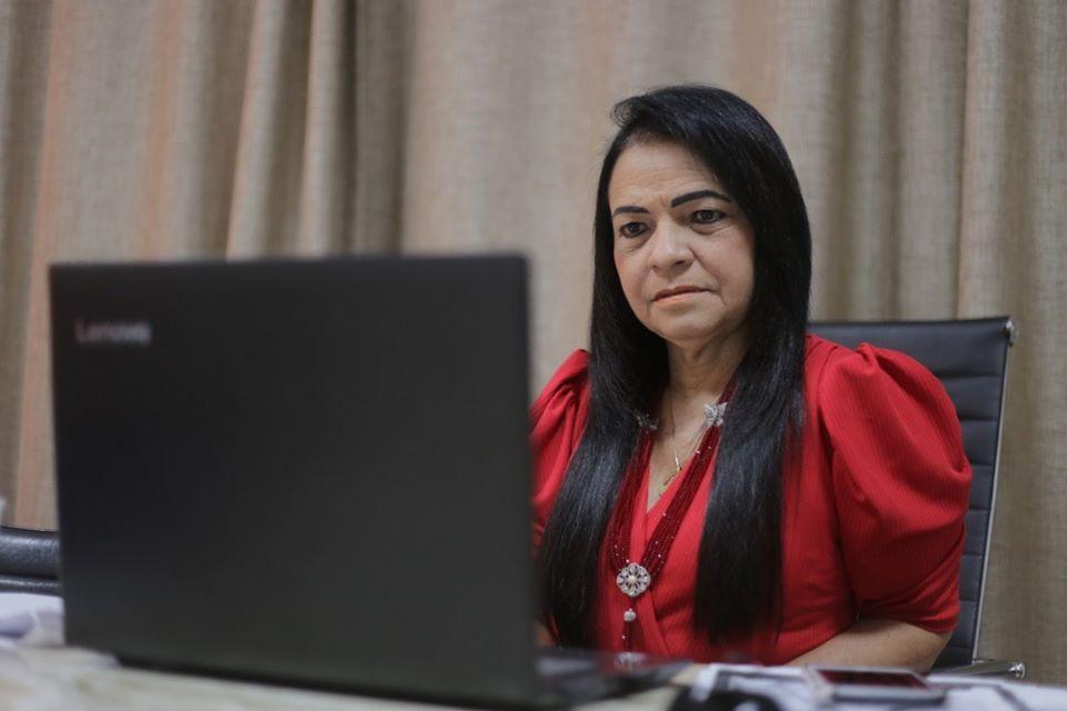 Prefeita Moema participa de importante reunião virtual com prefeitos, deputados e senadores do PT; entenda