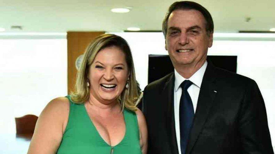 """Joice Hasselmann afirma que Bolsonaro sonha em dar golpe: """"Ele tem um ato institucional pronto"""""""