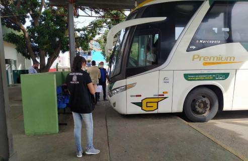 Mais oito municípios têm transporte suspenso na Bahia