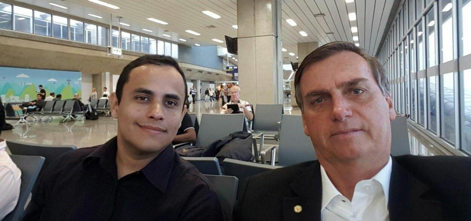 Assessor de Bolsonaro é identificado como administrador de páginas de fake news removidas no Facebook