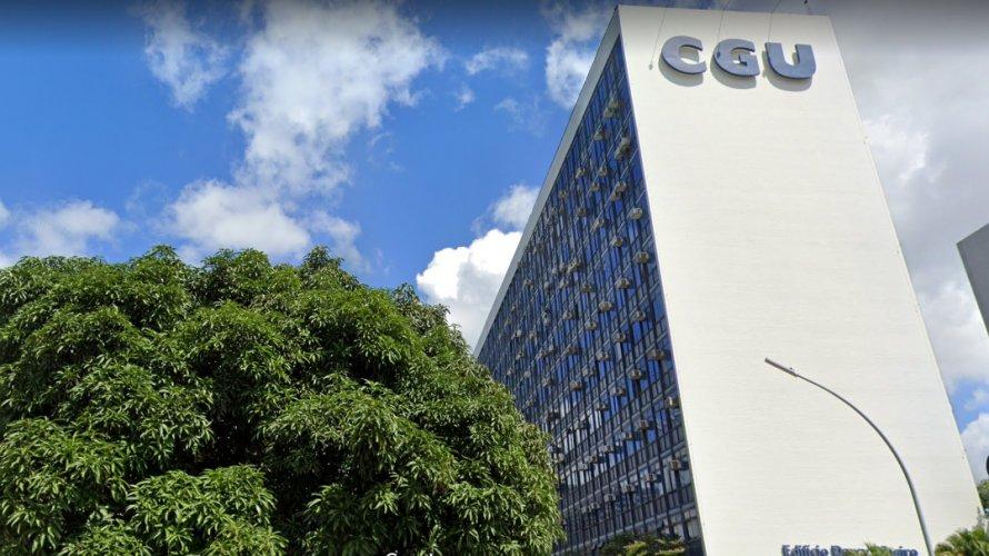 CGU avisa que demitirá servidores públicos que receberam auxílio emergencial