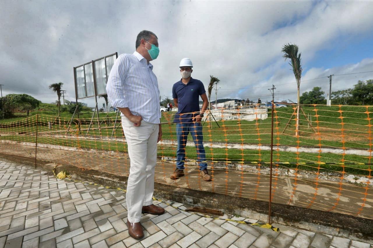 Rui entrega Mercado Municipal e nova praça à população de Ipiaú
