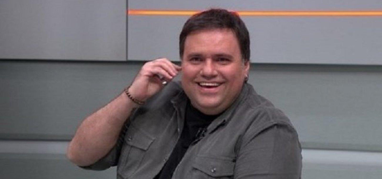 Jornalista Rodrigo Rodrigues morre aos 45 anos, vítima do coronavírus