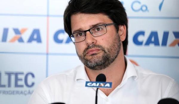 Bahia pode adotar drive-in para torcedor ir aos jogos do Campeonato Brasileiro, diz Bellintani