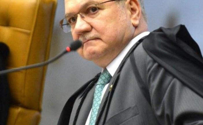 Bancada evangélica se irrita após Fachin sugerir punição a abuso de poder religioso