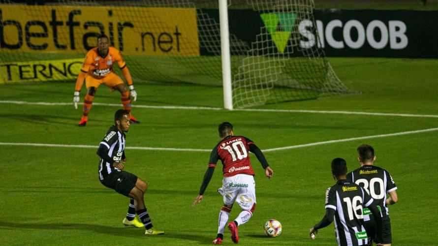 Em partida sem gols, Vitória empata com o Figueirense fora de casa