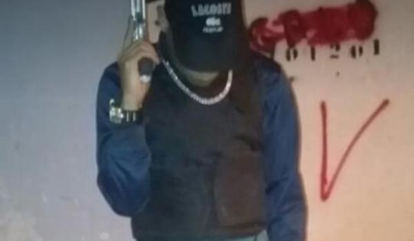 """""""Terror"""" do Subúrbio que ostentava armas nas redes morre junto com comparsa em ação da Rondesp"""