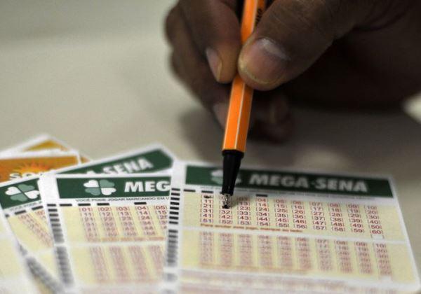 Mega-Sena sorteia prêmio estimado em R$ 52 milhões no sábado (29)