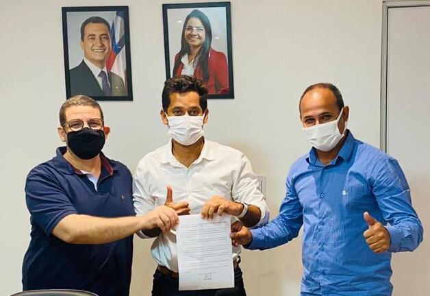 Adriano Almeida reúne-se com secretário da Settop e solicita sinalização de trânsito voltada para ciclistas