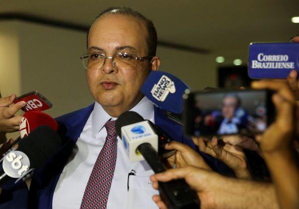 13 dos 27 governadores brasileiros já foram infectados pelo coronavírus