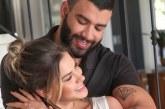 Gusttavo Lima levanta suspeitas de reconciliação com Andressa Suita após foto com aliança
