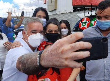 Feira: Zé Neto lamenta ataques à família e diz que vota com sensação de 'dever cumprido'