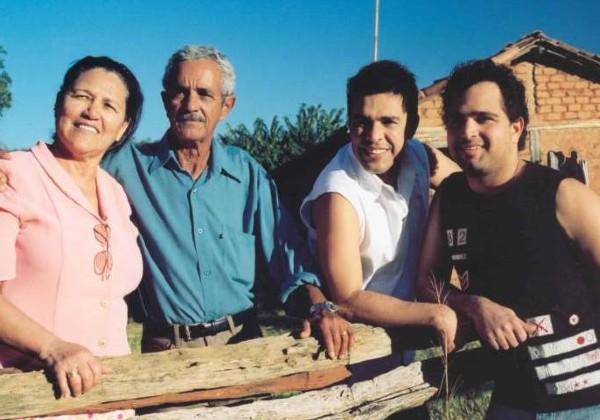 Aos 83 anos morre pai de Zezé di Camargo e Luciano, Francisco Camargo