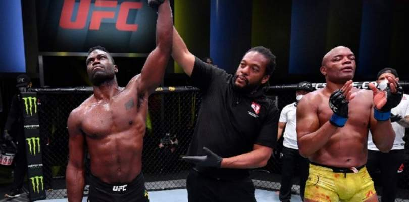 Anderson Silva perde luta que pode ter sido sua despedida