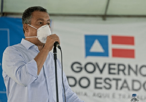 Rui Costa diz que o governo Bolsonaro tem 'atrapalhado muito' a vacinação no Brasil