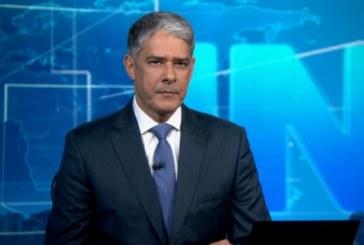 """Bonner faz longo desabafo no Jornal Nacional: """"A gente está defendendo a sociedade"""""""