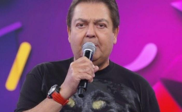 Globo confirma saída de Faustão e diz que resta 'aplaudir história' do apresentador