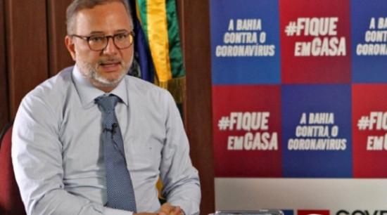 """Vilas-Boas critica tentativa de compra de vacina por clínicas particulares:""""Não é correto"""""""