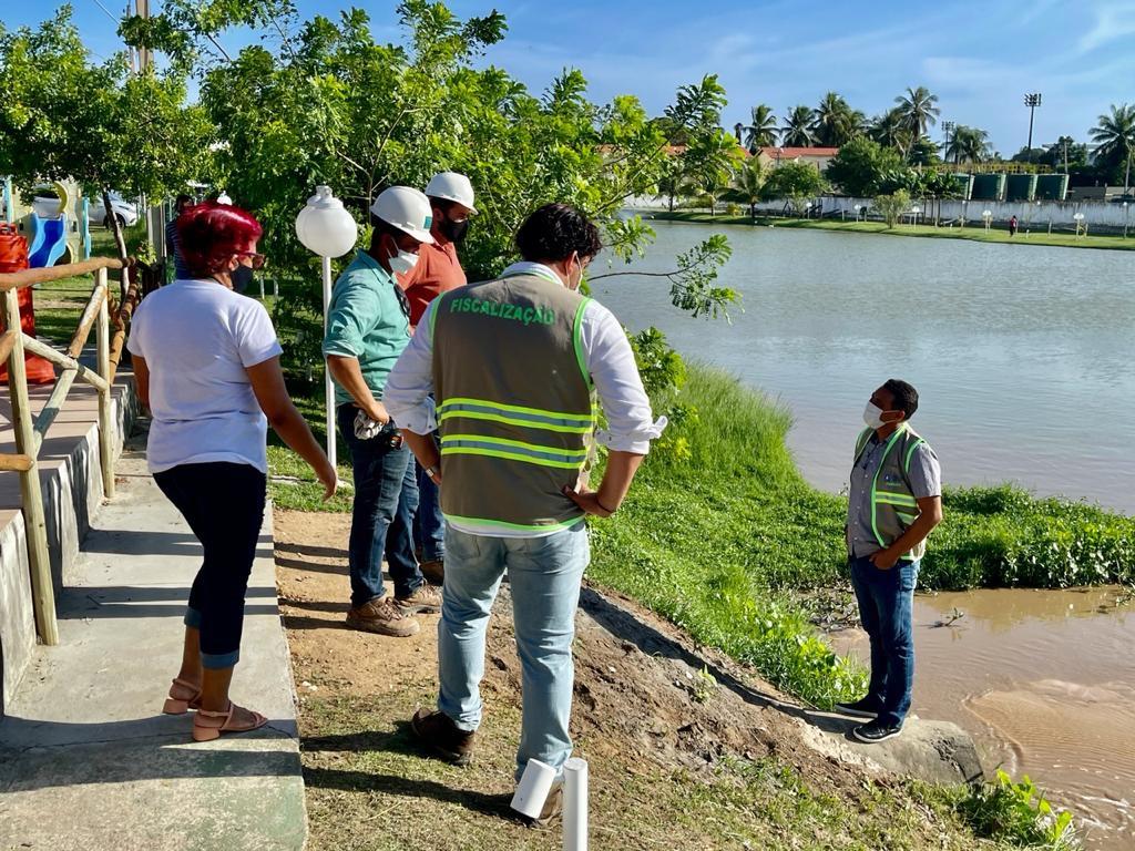 Prefeitura apura denúncia de contaminação em lagoa artificial de Condomínio