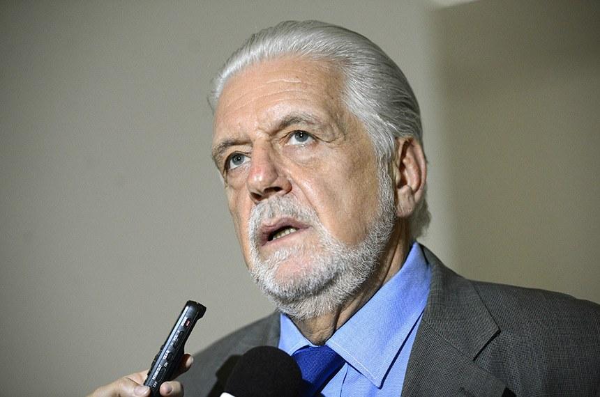 """Wagner associa liderança de ACM Neto em pesquisa à corrida de cavalo paraguaio"""" sai na frente e na reta final cansa"""""""