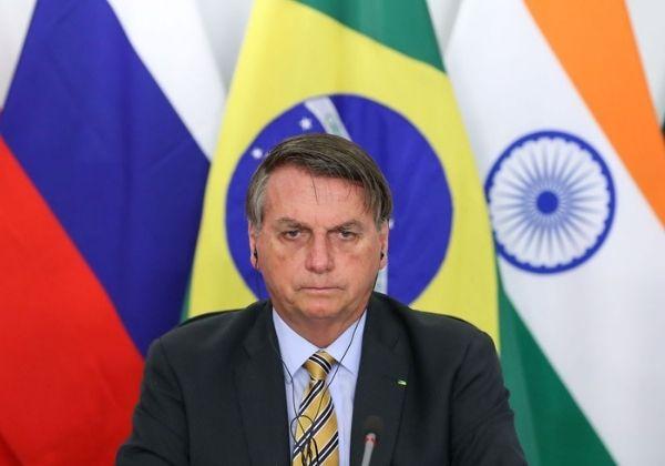 Governo Bolsonaro negou Pfizer 3 vezes e perdeu 3 milhões de doses de vacina