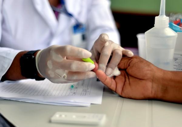 Bahia chega a 13 mil mortes por coronavírus e registra 5 mil infectados em 24 horas