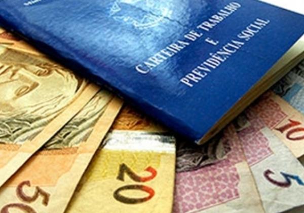 Câmara dos Deputados aprova MP que prevê salário mínimo de R$ 1.100