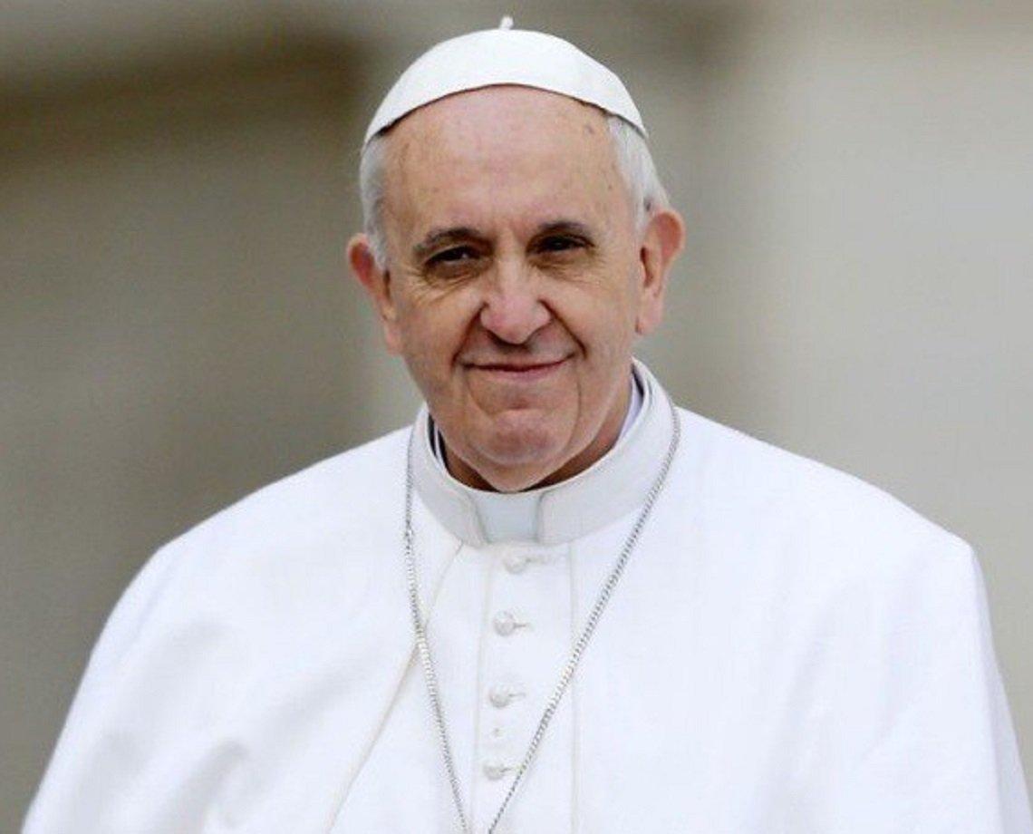 """""""Muita cachaça e pouca oração"""", brinca Papa Francisco sobre """"salvação"""" de brasileiros"""
